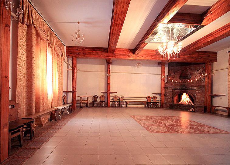 Большой Каминный зал для проведения Торжеств в Русском Доме
