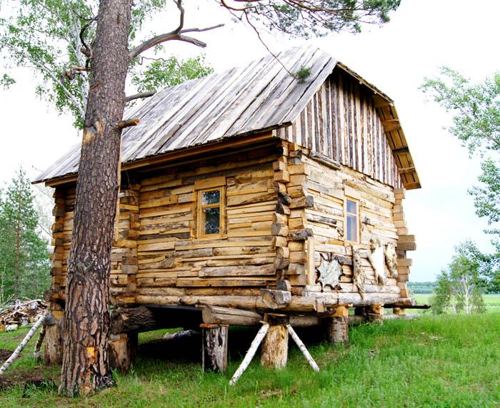 Первый домик Петровской Деревни