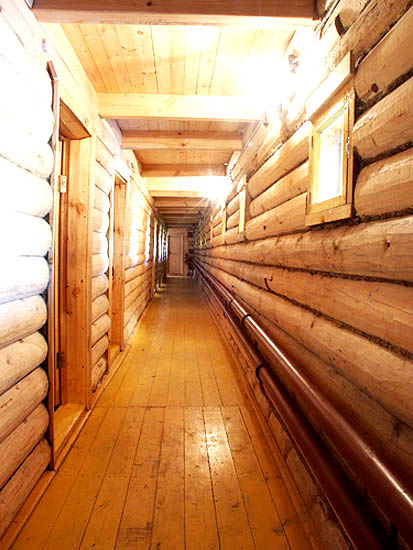 Верхняя палуба, коридор