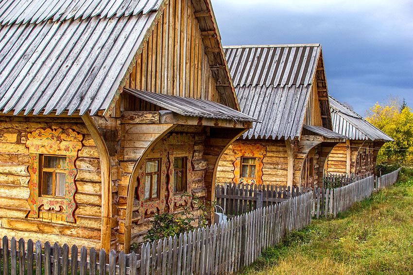 Улица Русской деревни летом