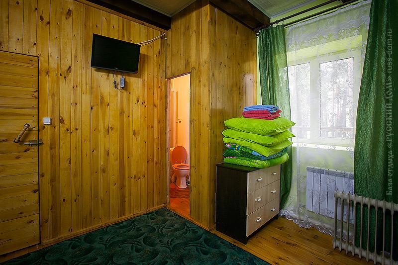 Интерьер комнаты на втором этаже