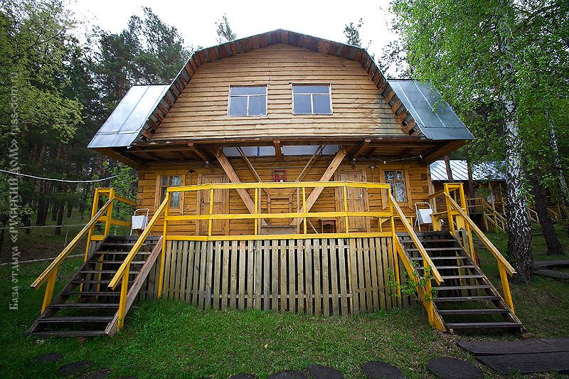 Благоустроенный домик -коттедж 2 категории с летней мансардой